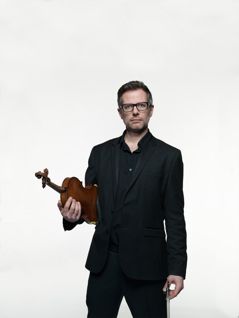 Jonathan Morton Artistic Director and Leader of the Scottish Ensemble